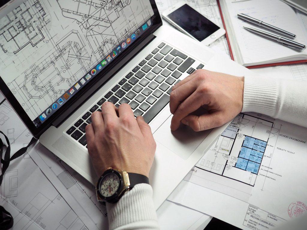 bagaimana membuat blueprint bisnis online ada di kelas ini.