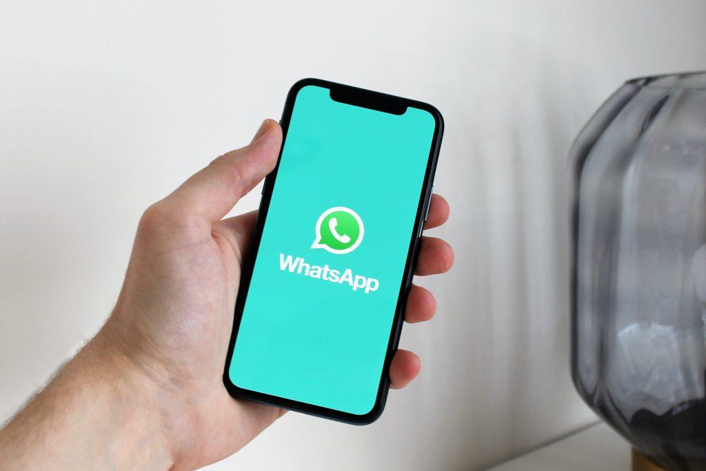 Saatnya anda menjadi jago whatsapp marketing. Inilah solusi untuk meningkatkan penjualan dengan cepat dan mudah.