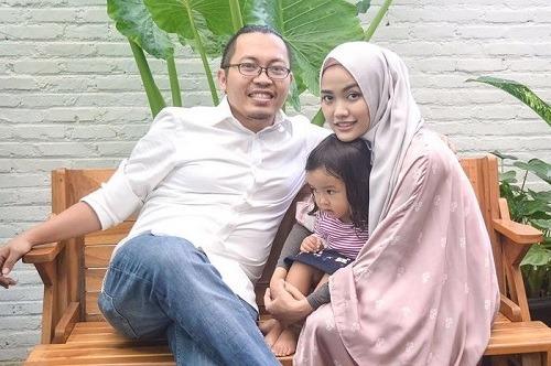 CEO Bukalapak, Achmad Zaky dan Keluarga